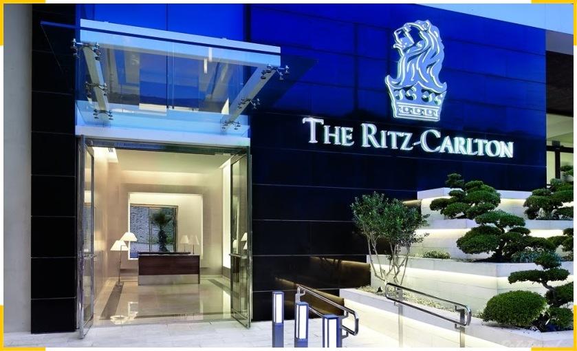 Бренд отеля Ritz-Carlton формирует айдентика и сервис